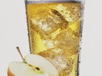 Alkoholfreier Apfel-Drink