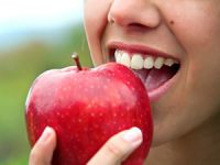 Apfelesser nehmen weniger Medikamente zu sich 300x225
