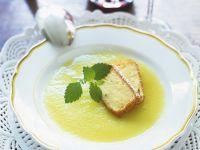 Apfelsuppe mit Pudding-Sticks