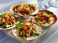 Asiatische Nudeln mit Muscheln