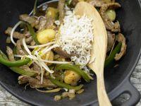 Asiatisches Rindfleisch aus dem Wok