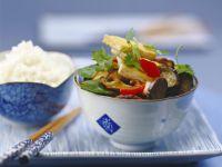 Auberginenpfanne mit Tofu