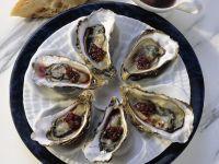 Austern mit Rotweinsoße