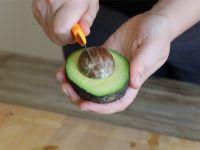 Avocado-Hand