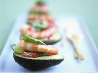 Avocado mit Shrimps