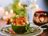 Avocadosalat mit Forelle und Kaviar