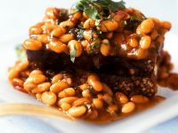 Baked Beans mit Brot