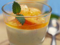 Bayrische Creme mit Aprikosen