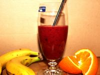 Beeren-Mango-Bananen-Smoothie