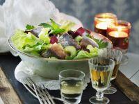 Blattsalat mit Matjes