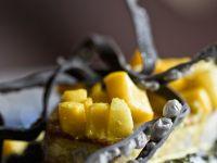 Bohnen mit Thunfisch und Mango