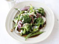Brokkoli-Bohnen-Salat