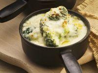 Brokkoli mit Käse gratiniert
