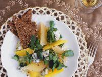 Brunnenkressesalat mit Apfelsine, Grapefruit und Blauschimmelkäse