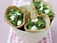 Buchweizencrêpes mit Spinat und Feta