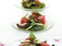 Bunter Salat mit Ente und Melone