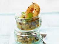 Calamari mit Oliven-Salsa