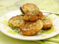 Chilenisches Brot-Küchlein (Huevos tontos)