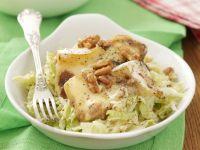 Chinakohl-Apfel-Salat mit Camembert