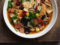 Chinesische Gemüsesuppe mit Seitan