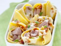 Conchiglioni-Gratin gefüllt mit Thunfisch und Mozzarella