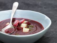Cremige Rote-Bete-Suppe