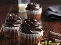 Cupcakes mit Schoko-Kardamom-Topping