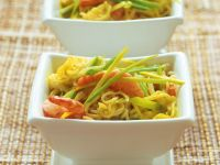 Curry-Nudeln mit Garnelen