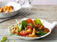 Dinkelsalat mit Spinat und Pilzen