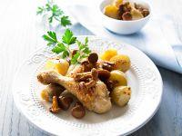 Drumsticks mit gebackenen Kartoffeln und Pfifferlingen