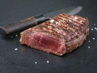 Dry-Agend-Beef - Medium gebratenes Steak mit Meersalz