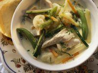 Eintopf mit Hähnchen und Gemüse auf belgische Art (Waterzooi)