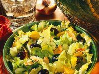 Endiviensalat mit Früchten