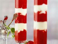 Erdbeerpüree mit Quarkcreme