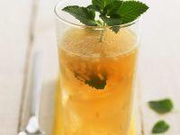 Erfrischender Ingwer-Zitronen-Tee