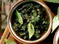 Erfrischendes Pesto mit Minze