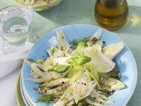 Fenchelsalat mit Sellerie und Zitronendressing