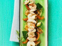 Fisch-Garnelen-Spieß mit Gemüse