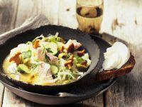 Fisch-Gemüse-Topf mit Pfifferlingen