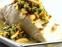 Fisch mit Mandelsauce