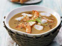 Fischsuppe mit Garnelen auf bretonische Art