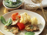 Fondue mit Lamm und Gemüse