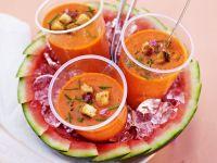 Fruchtige Gazpacho mit Wassermelone