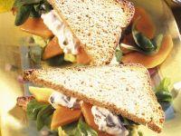 Fruchtige Salat-Sandwiches