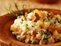 Fruchtiger Reissalat mit Pute