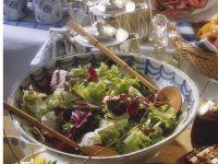 Frühlingshafter Salat