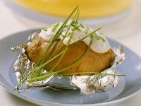 Gebackene Kartoffel mit Schnittlauchcreme