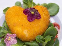 Gebackener Camembert auf Feldsalat