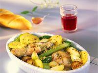 Gebackener Karpfen mit Gemüse