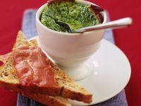 Gebackener Spinat mit Toast